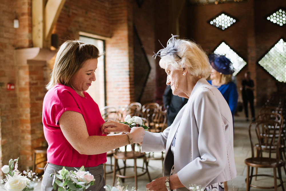Jodie-George-shustoke-barn-wedding-photography-staffordshire-238.jpg