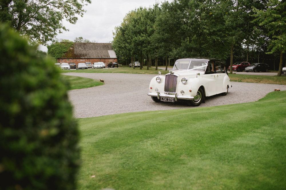 Jodie-George-shustoke-barn-wedding-photography-staffordshire-275.jpg