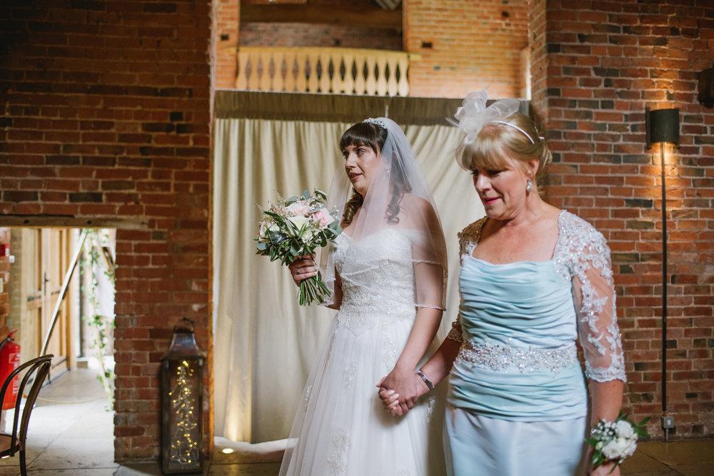 Jodie-George-shustoke-barn-wedding-photography-staffordshire-347.jpg