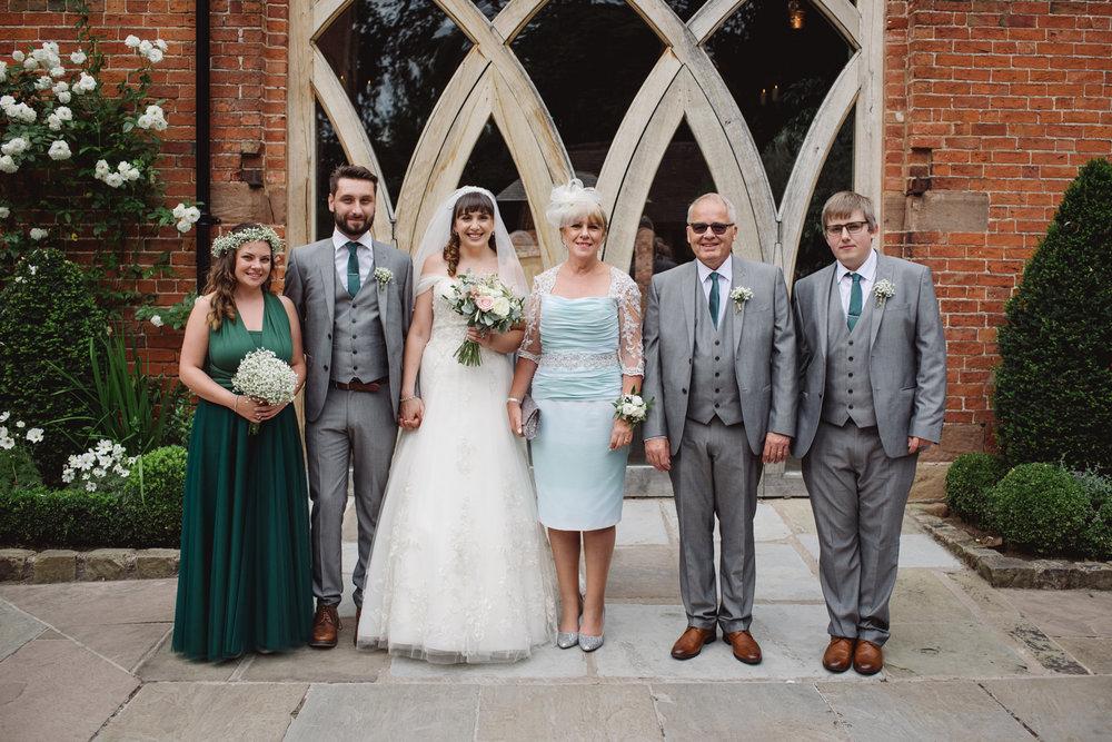 Jodie-George-shustoke-barn-wedding-photography-staffordshire-598.jpg