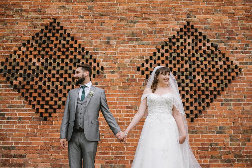 Jodie-George-shustoke-barn-wedding-photography-staffordshire-674.jpg
