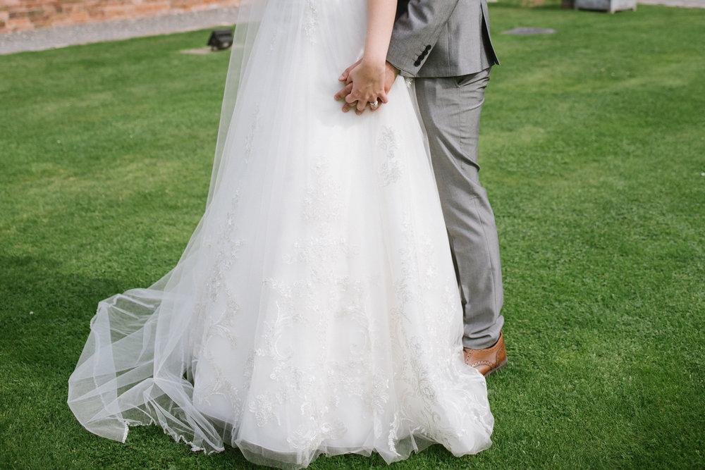 Jodie-George-shustoke-barn-wedding-photography-staffordshire-699.jpg