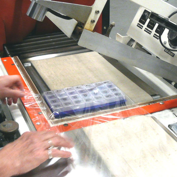 minneapolis-custom-printing-and-packaging-shrinkwrap-smc-600x600.jpg
