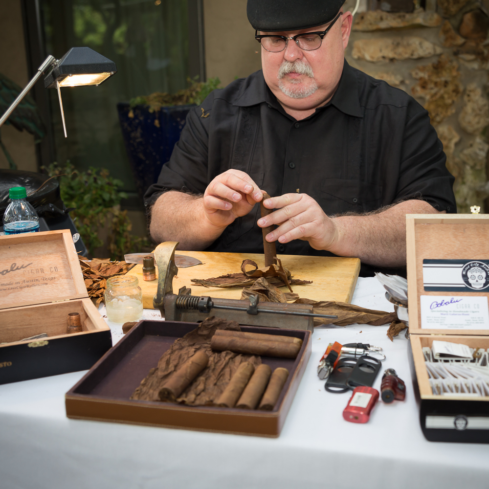 Professional Cigar rolling