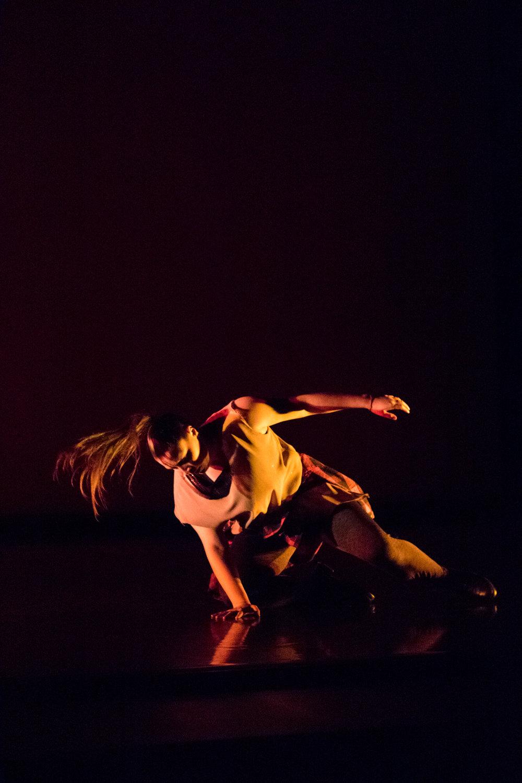 Lauren Mendelson in  Pyrolysis  at November Dance:  Celebrating Kate Kuper  at the Krannert Center for the Performing Arts  Photo by Natalie Fiol