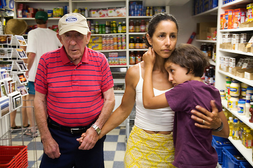 During a family visit to his Fire Island beach house, Herb Winokur pays a visit to one of his old haunts, Wes Little's Seaview Market. Accompanied by his daughter, Julie, and granddaughter, Isabel, Herb benefits from the connectedness of three generations.