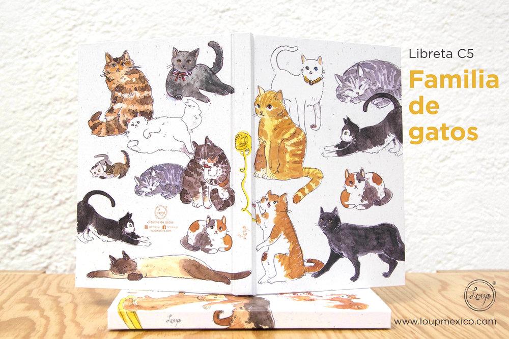 libreta C5 familia gatos abierta.jpg