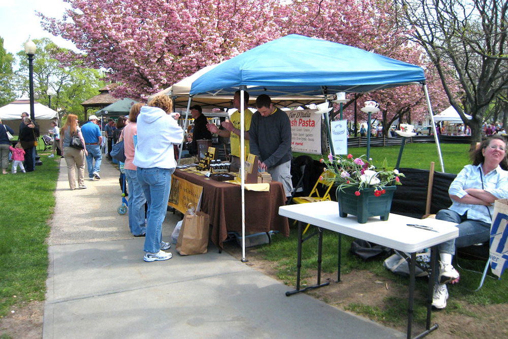 Outdoor market 18.jpg