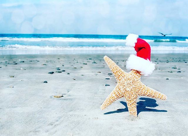 Sending you a very merry and festive Christmas! Hope you're enjoying the sunshine and seafood down under! ❤️ @karibu_sandals. Only a few more hours until Santa visits the UK folk 🎅🏻 #merrychristmas #christmas #beachchristmas #christmaspresent #sandals