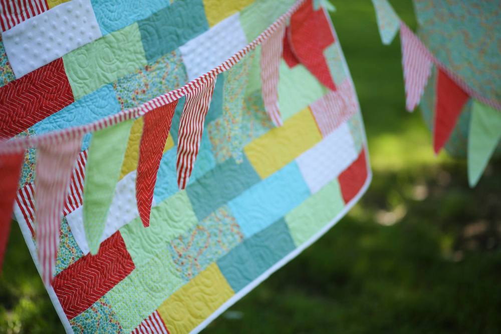 layette_bunting_quilt.jpg