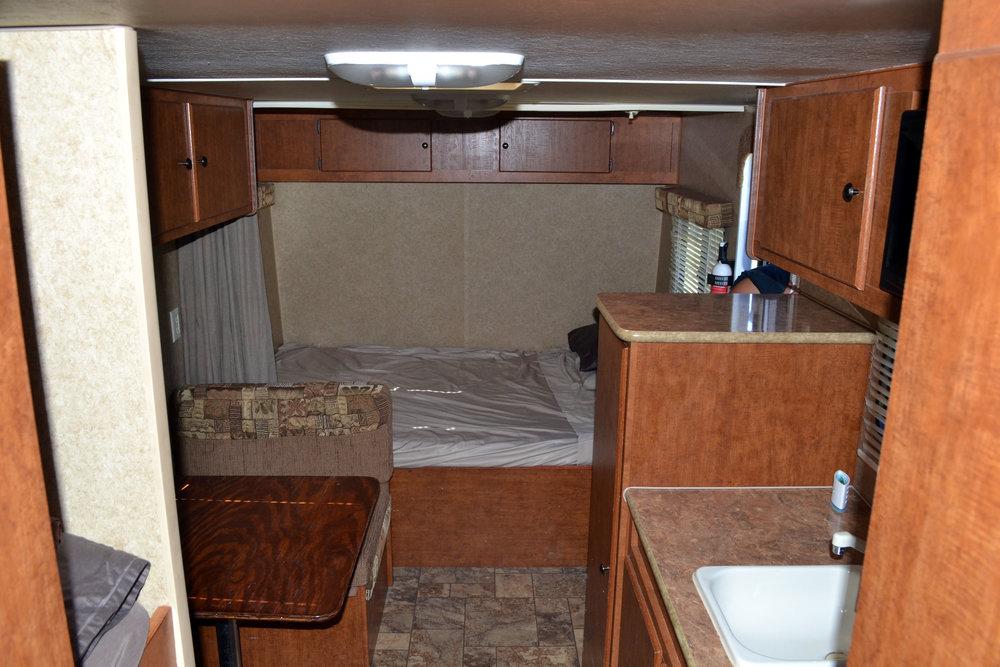 Aljo Camper Rental Dallas Bed