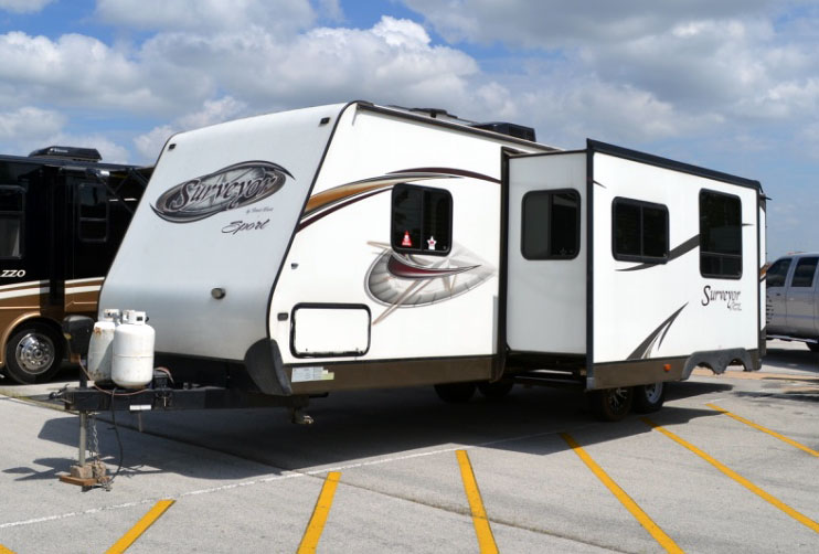 Surveyor North Texas RV Camper Rental