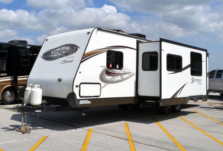 Surveyor North Texas RV Camper Rental