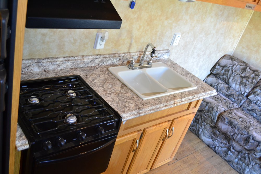 Coachman Kitchen Rental Dallas Texas