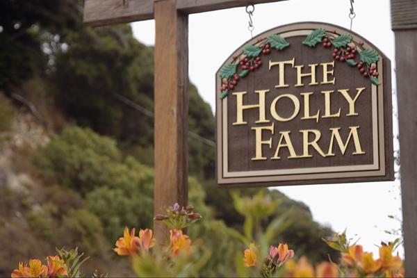 holly_farm_wedding_venue_sign.jpg