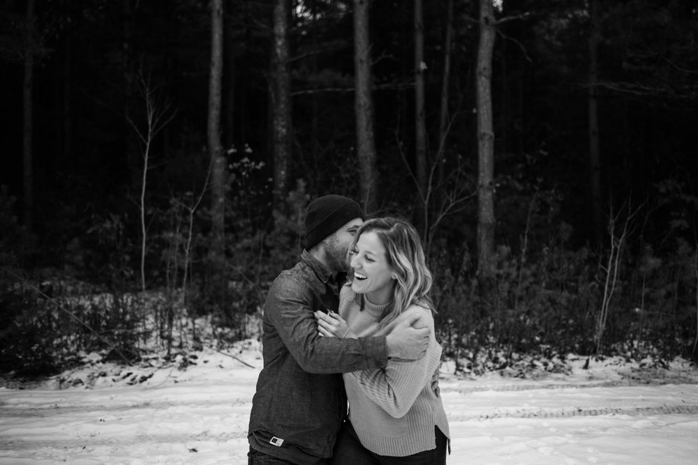 Snowy_engagement_session-70.jpg