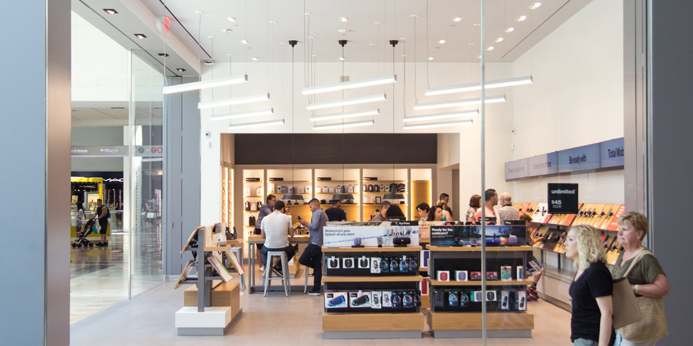 verizon - How can a telecom giant reimagine its retail presence to express a new strategy focused on seamless digital experiences for its customers?