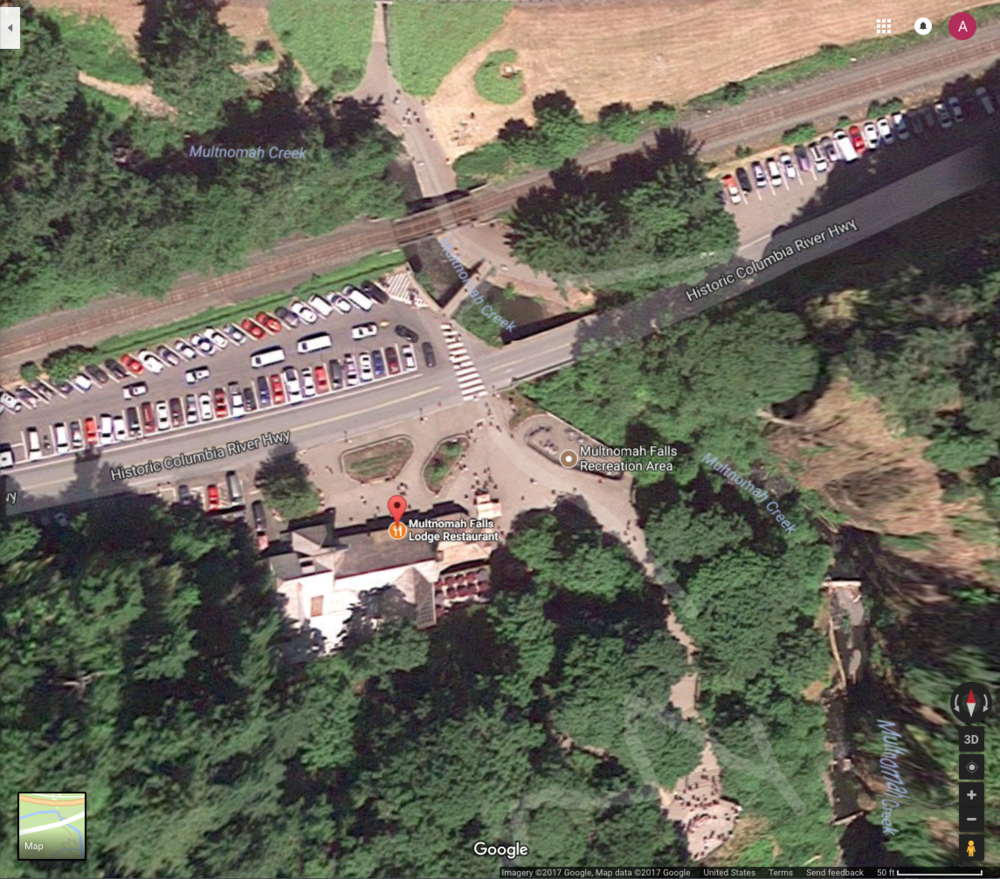 Multnomah Falls Lodge before the Eagle Creek Fire of 2017. Notice that the forest closely surrounds the lodge on three sides, a very undefensible space.  Source: Google.
