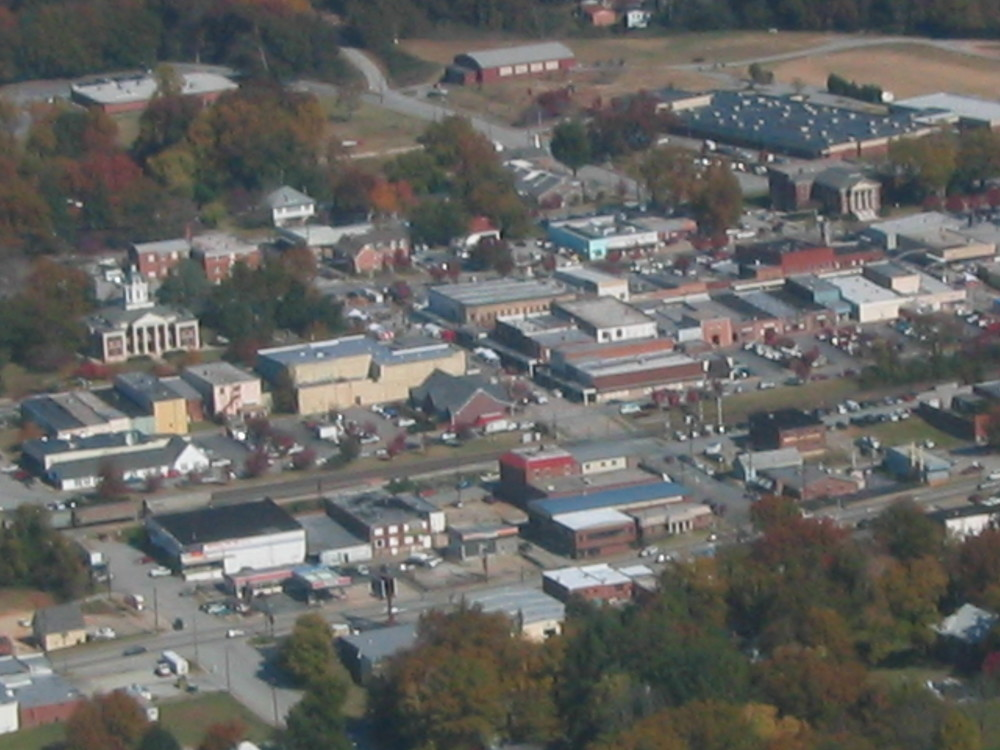 downtown toccoa from the air.JPG