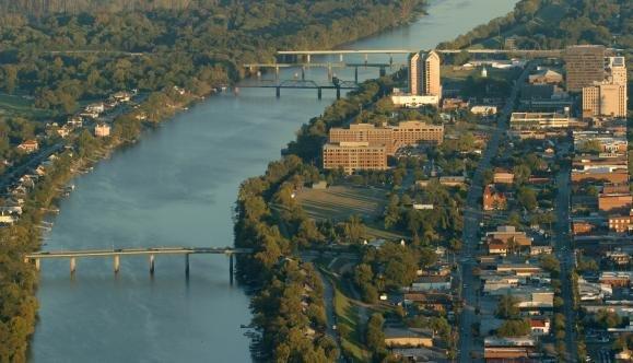 Savannah River in Augusta.jpg
