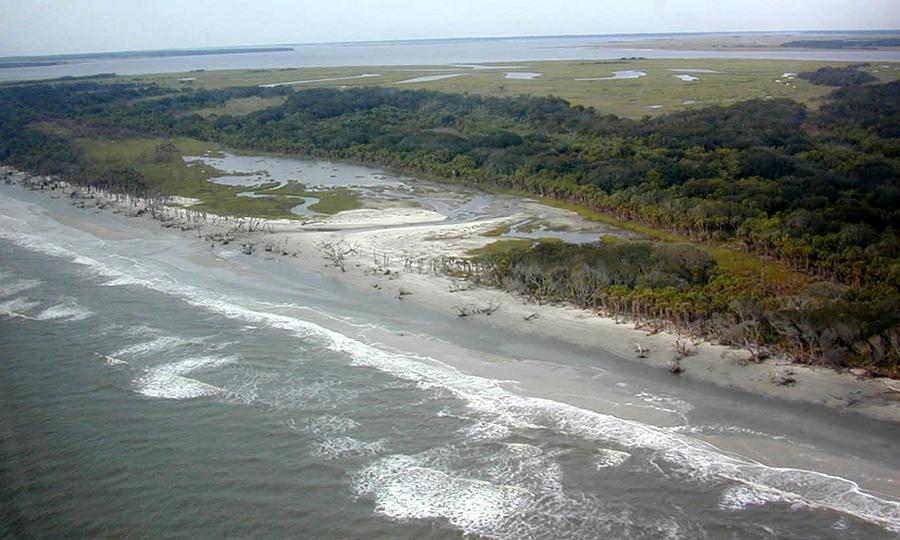 erosion-aerial-flag-pond-aerial-12.25.03.jpg