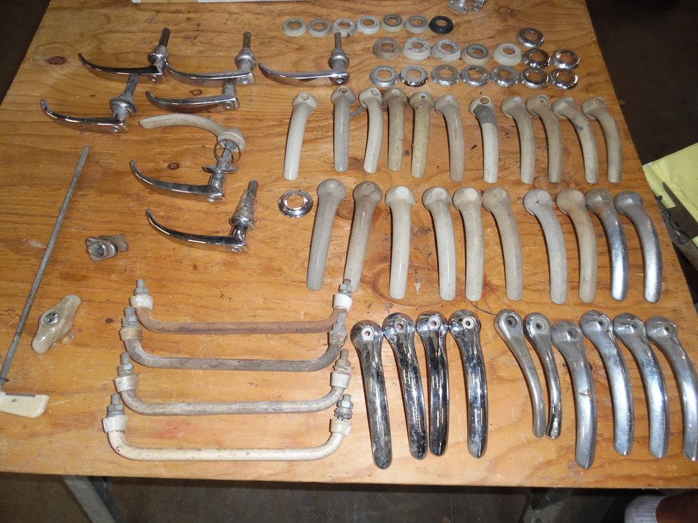 split bus parts 007.JPG