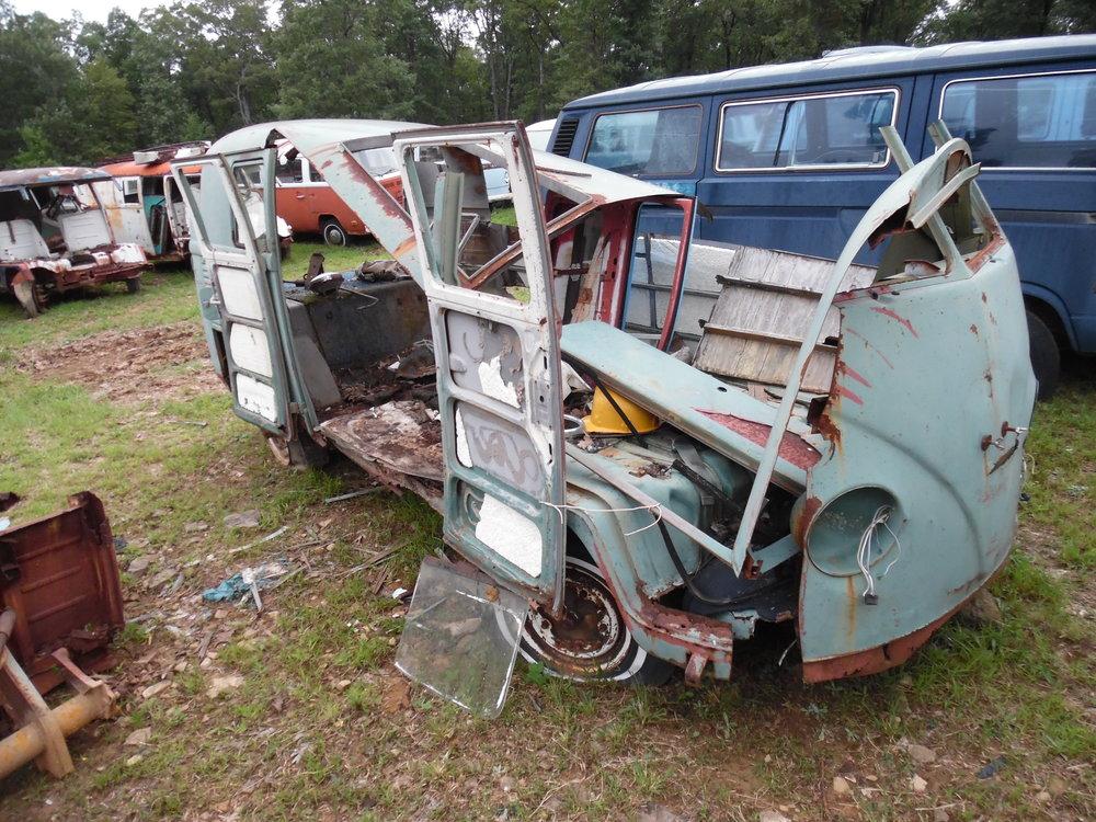 splitbus parts with buses 025.JPG