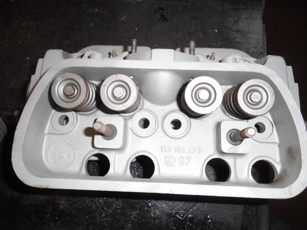 late style 40 hp heads 003.JPG