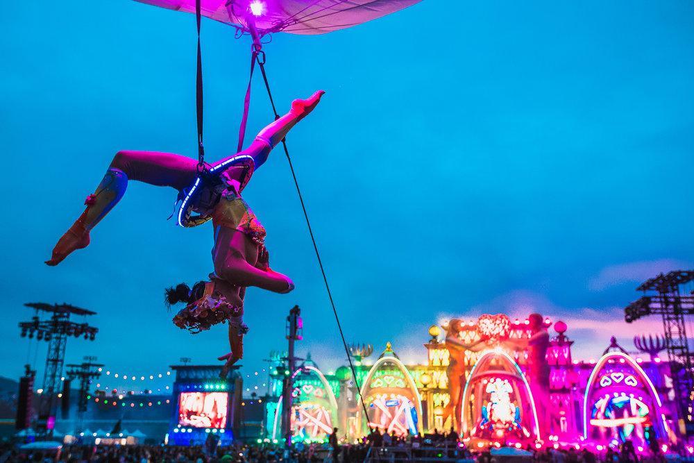 FlyingGirlEDCLV52018-0001.jpg