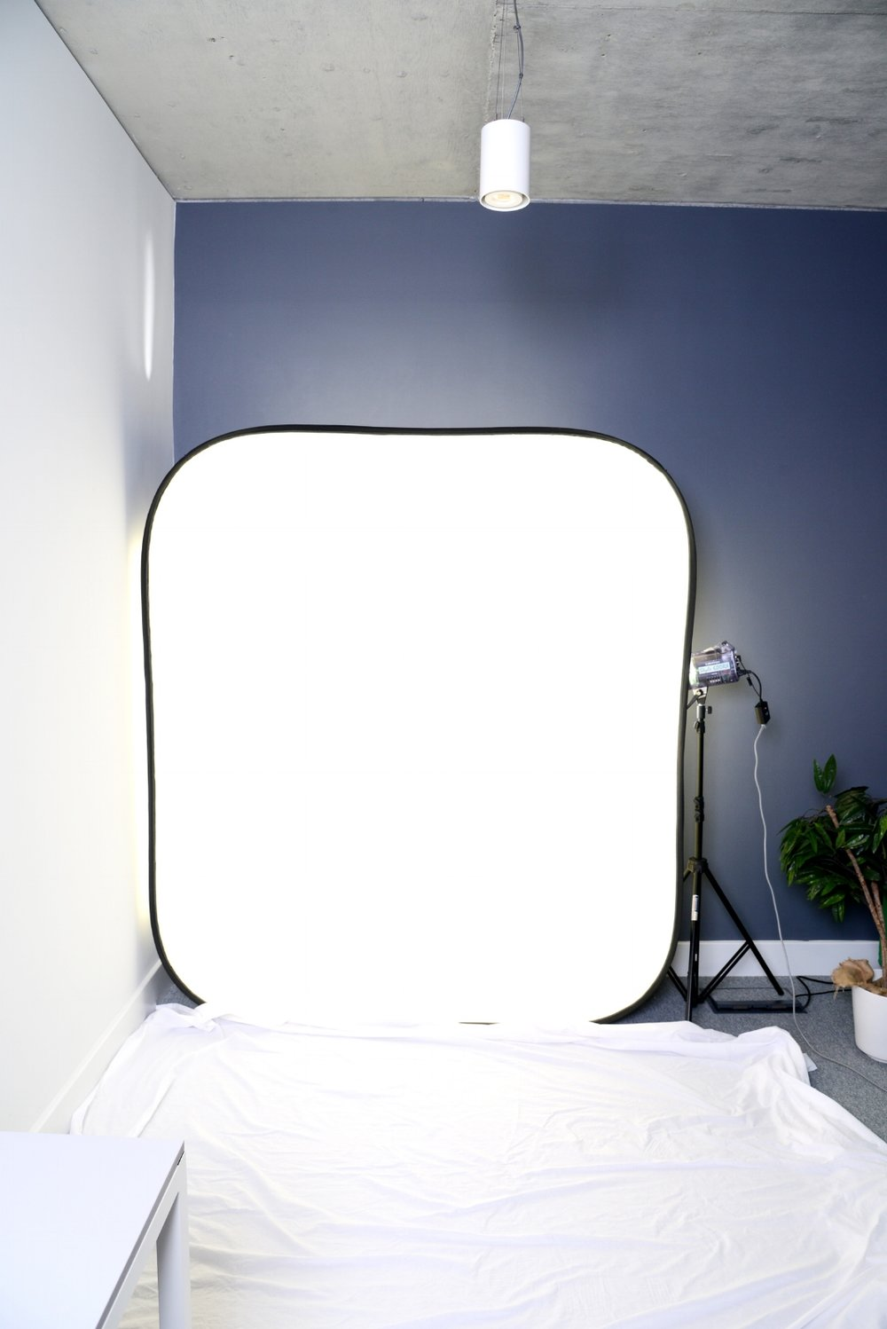 simple in-office studio set-up - easy to clean up afterwards