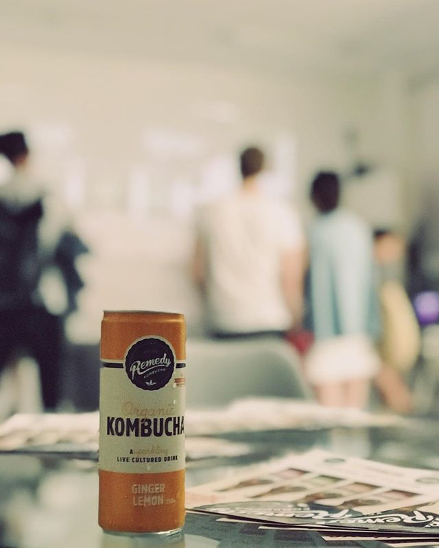 Kombucha • Technology // Two of my favourite things this evening // @remedydrinks your ginger lemon kombucha is just 👌🏼 // #kombucha #vr #virtualreality #hackney #studios #tech #instagood #media #design #collectivelycreate #photooftheday #can #favourite #instafood