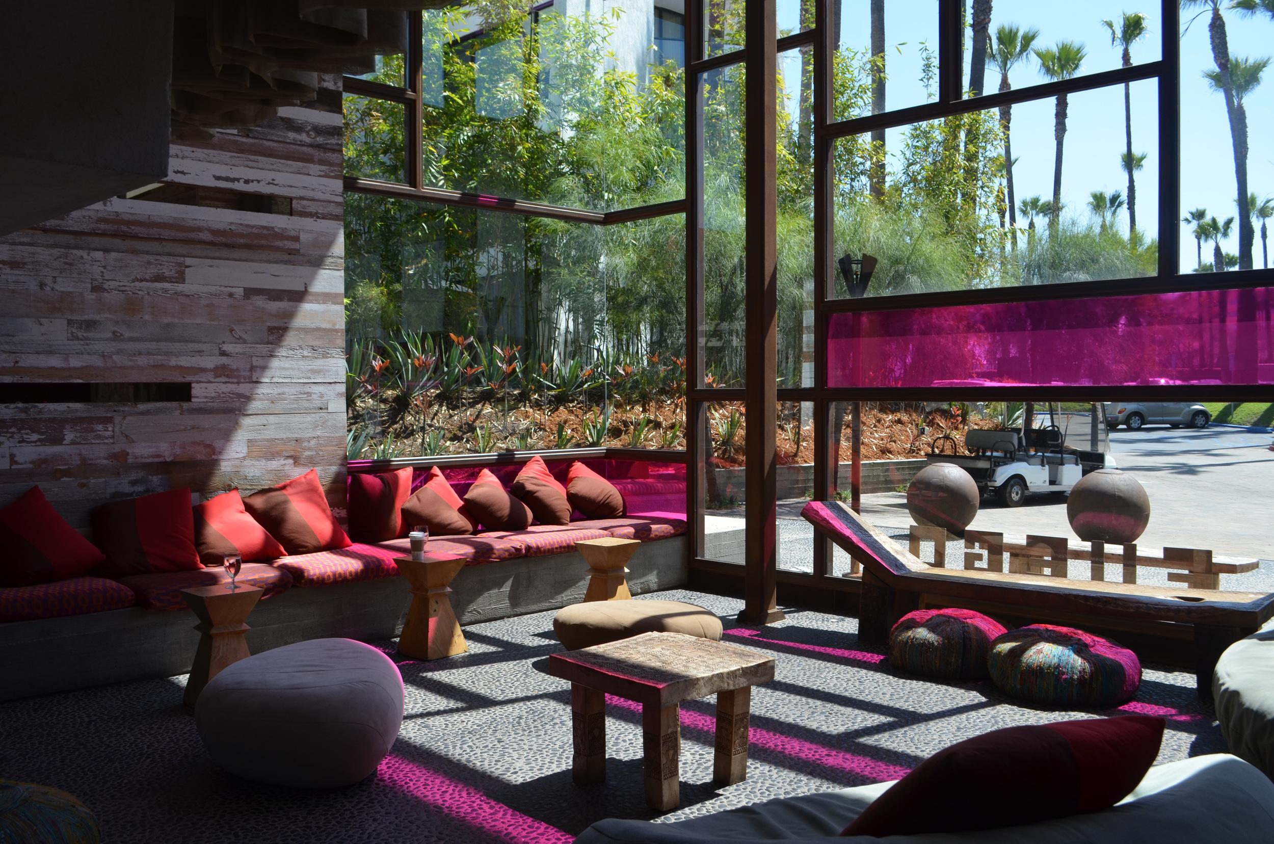 Hotel Maya Lobby