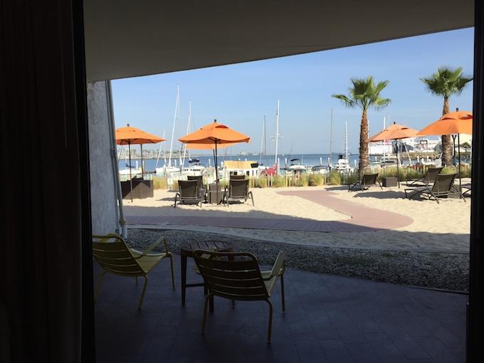 maya room view