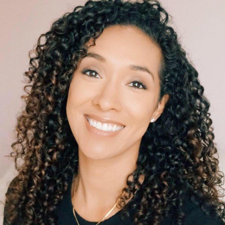 Rocio Mora Weallgrow Latina Network