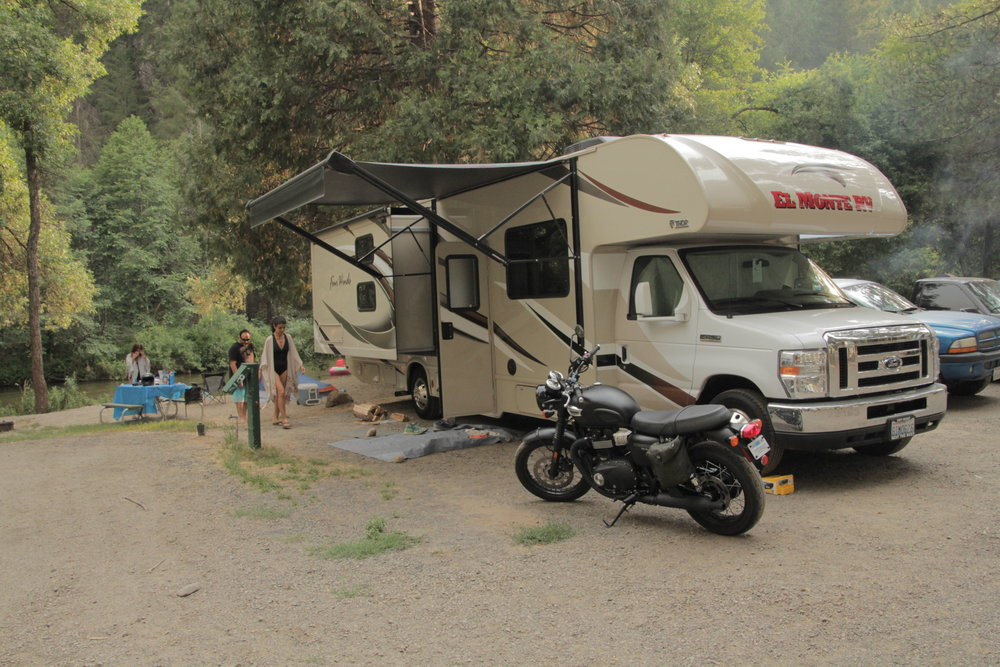 campground rv.JPG