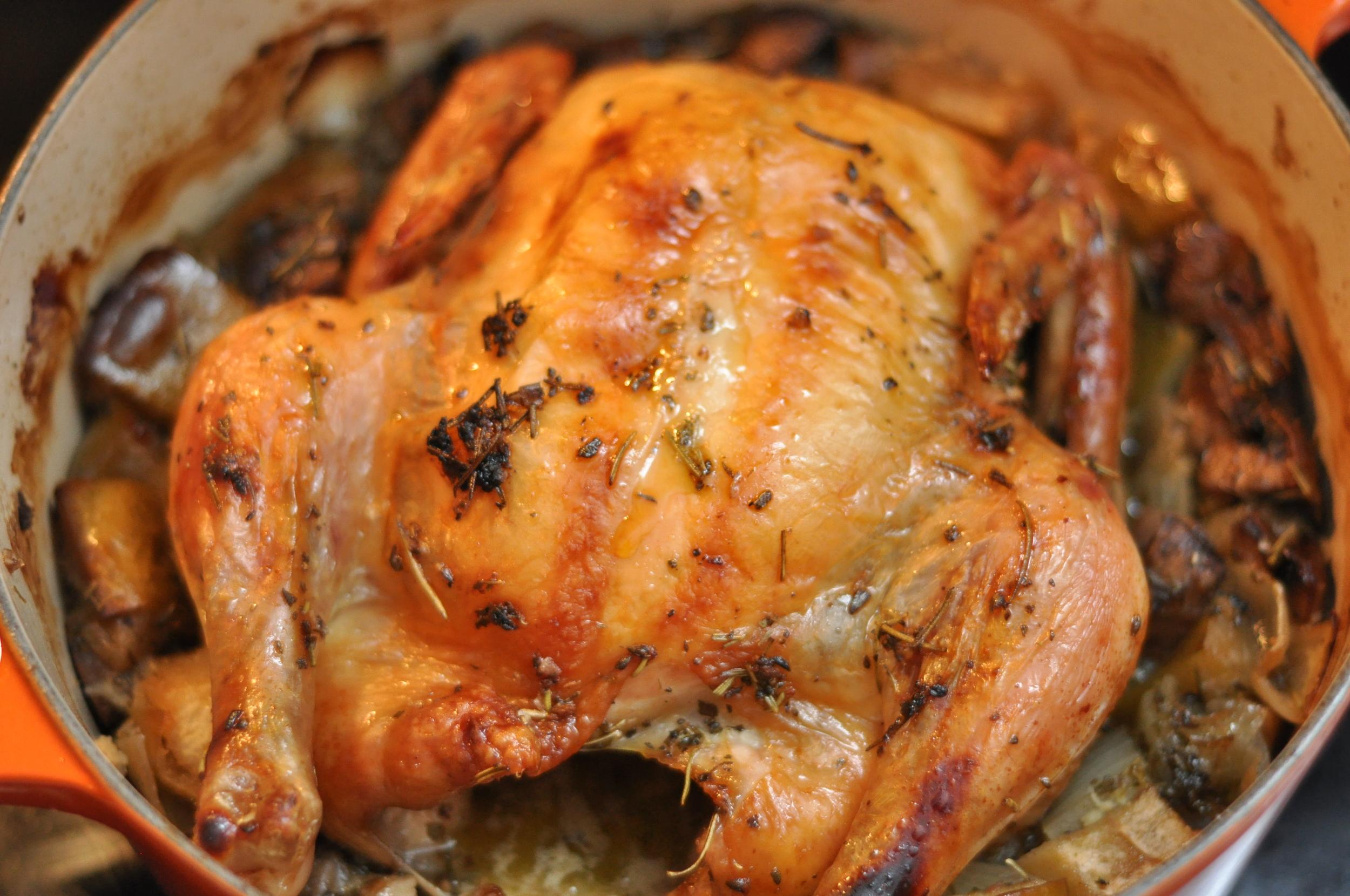 Roast Chicken with Apples, Onions, Mushrooms - saltandtwine.wordpress.com