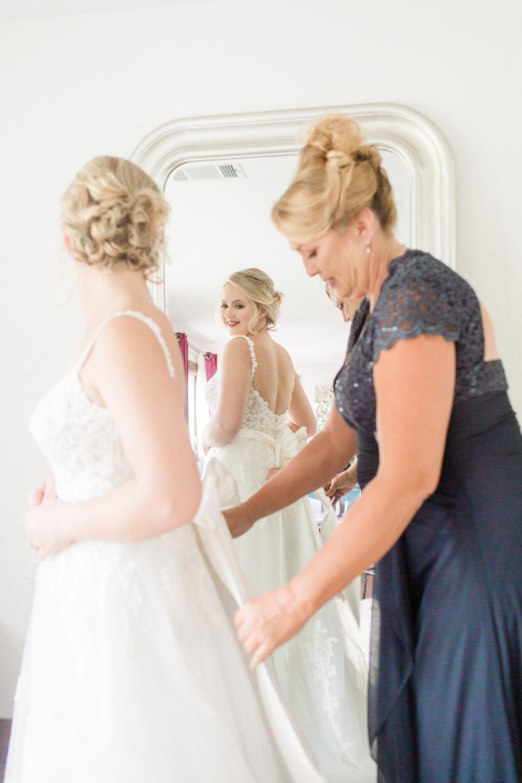 overlookbarnwedding-18.jpg