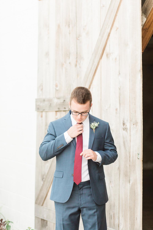 overlookbarnwedding-12.jpg