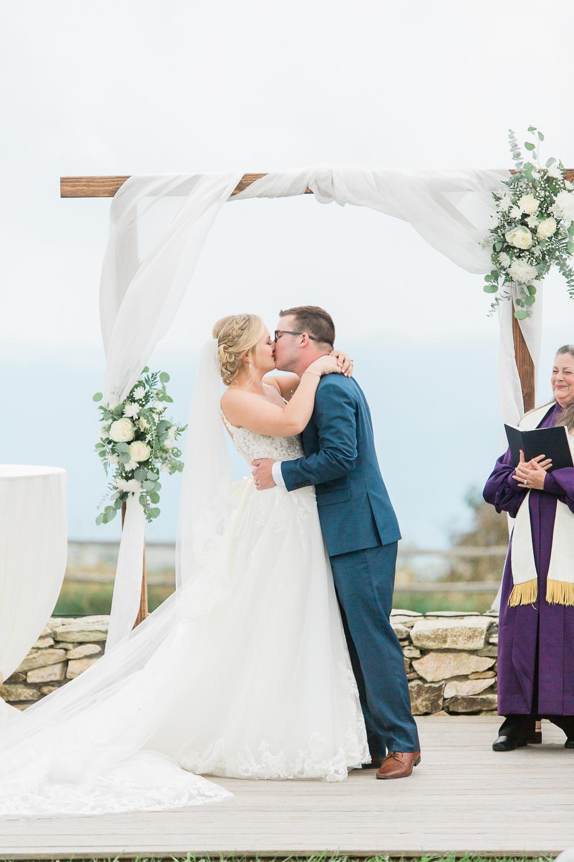 overlookbarnwedding-52.jpg
