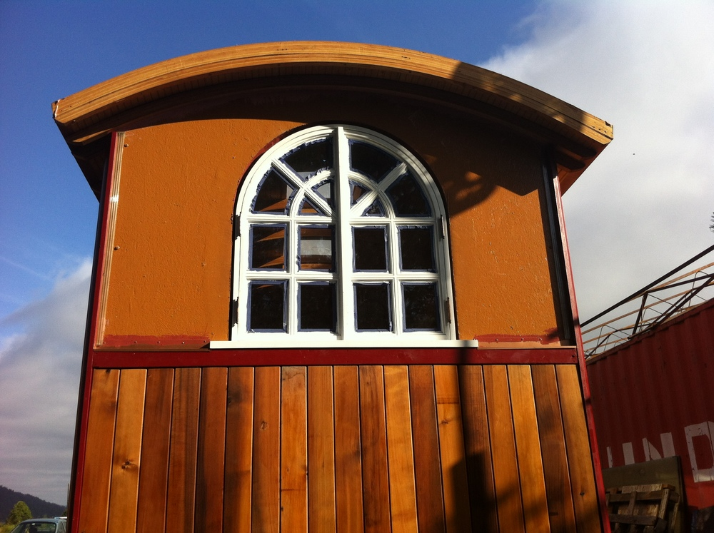 Siding-Arched-Window.jpg