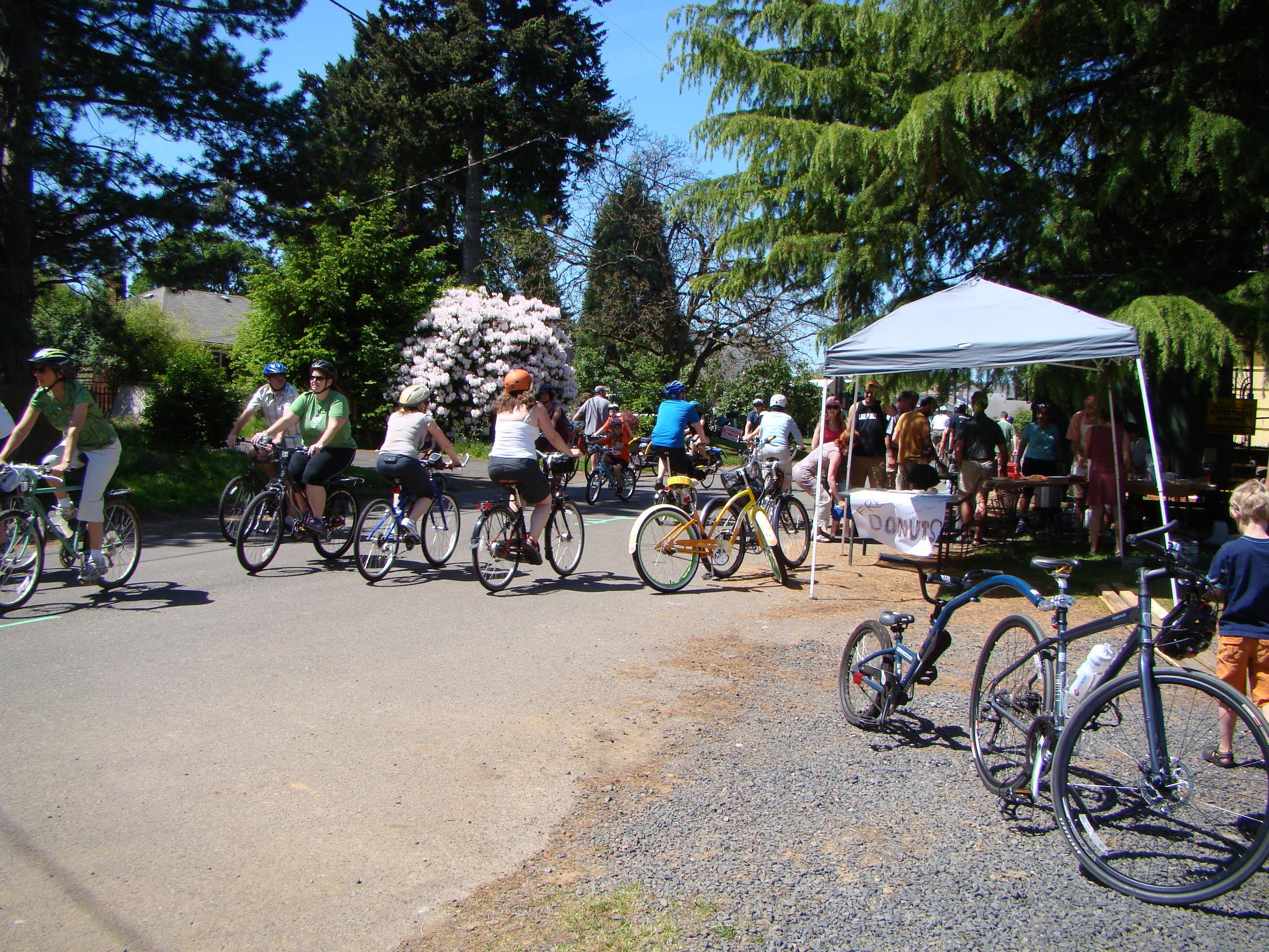 Sunday Parkways riders