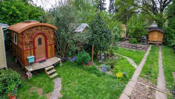 Simply Home Community, the first tiny cohousing community