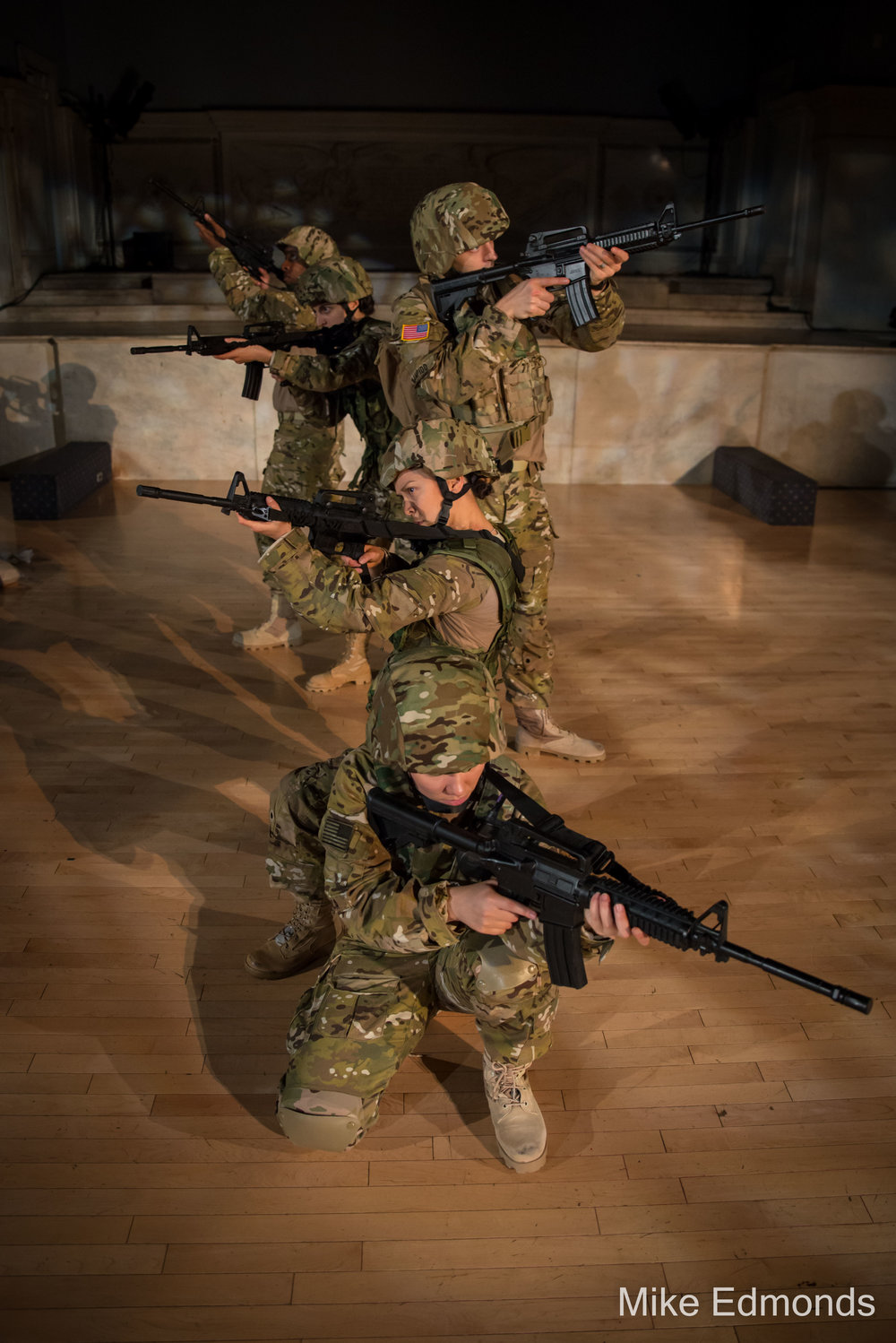 The soldiers of the first male and female infantry unit