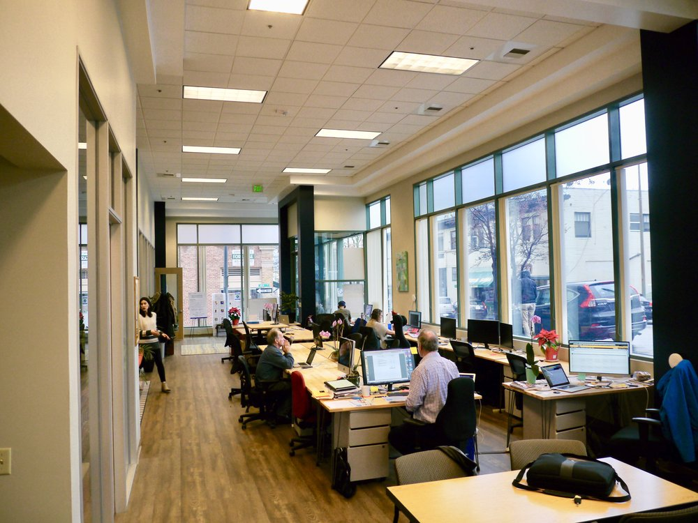 Custom Memberships - All of our offerings can be tailored to fit your exact needs. Want coworking access without conference room use?Want to split a membership between two people?Want a group rate for multiple desks?Contact us for customized memberships. Tell us what you need and we will make VenturePad work for you