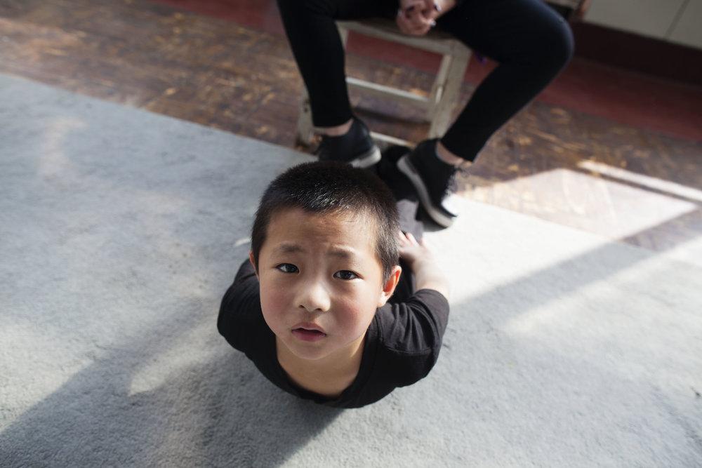 stretch little boy.jpg