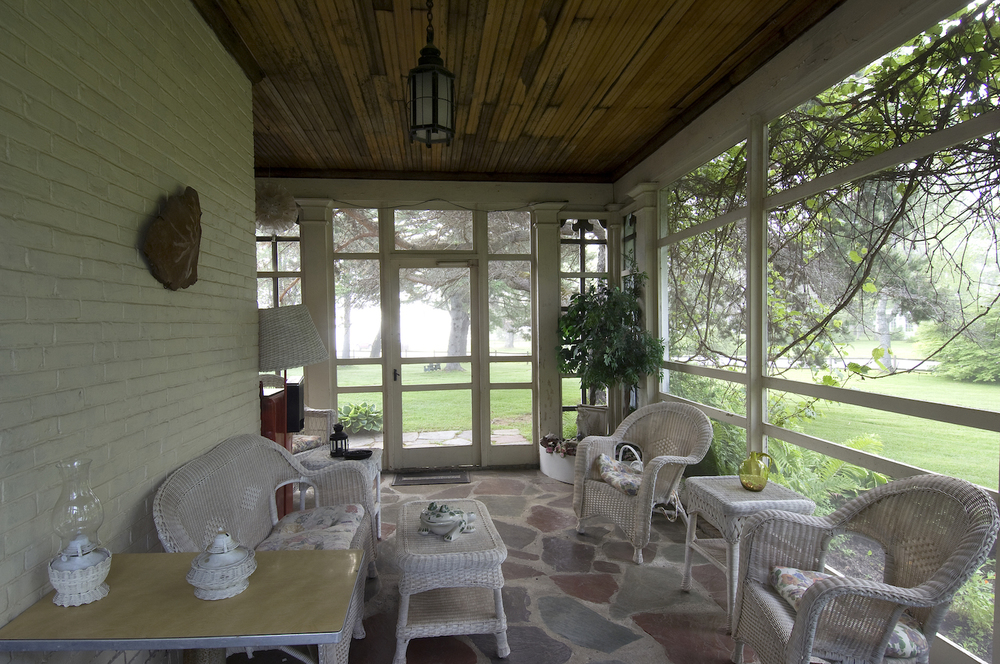 The Screened-In Porch