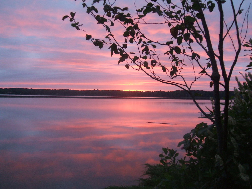 spectacular sunrises and sunsets on lake wesserunsett