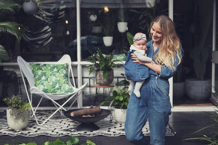Vegan Baby Vegan Family Woolhara Bondi Twinning Mum & Baby 02.jpg
