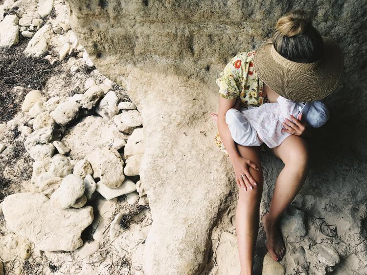05 vegan mum breastfeeding beach.jpg