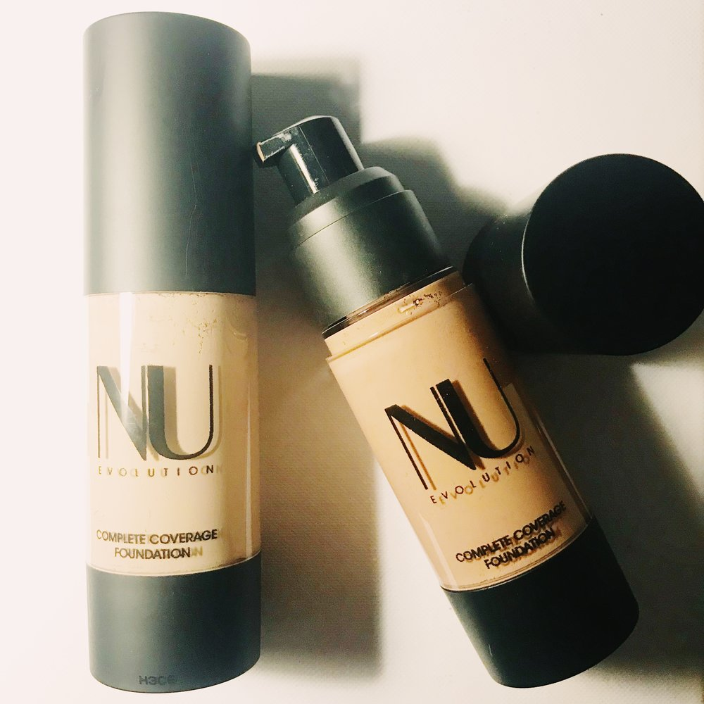 Stay Matte Natural Foundations For Oily Skin Liv Life Mag Foundation Fabulously Finish Unmatched In A Liquid You Know I Am Sucker Dewy But Today Its All About